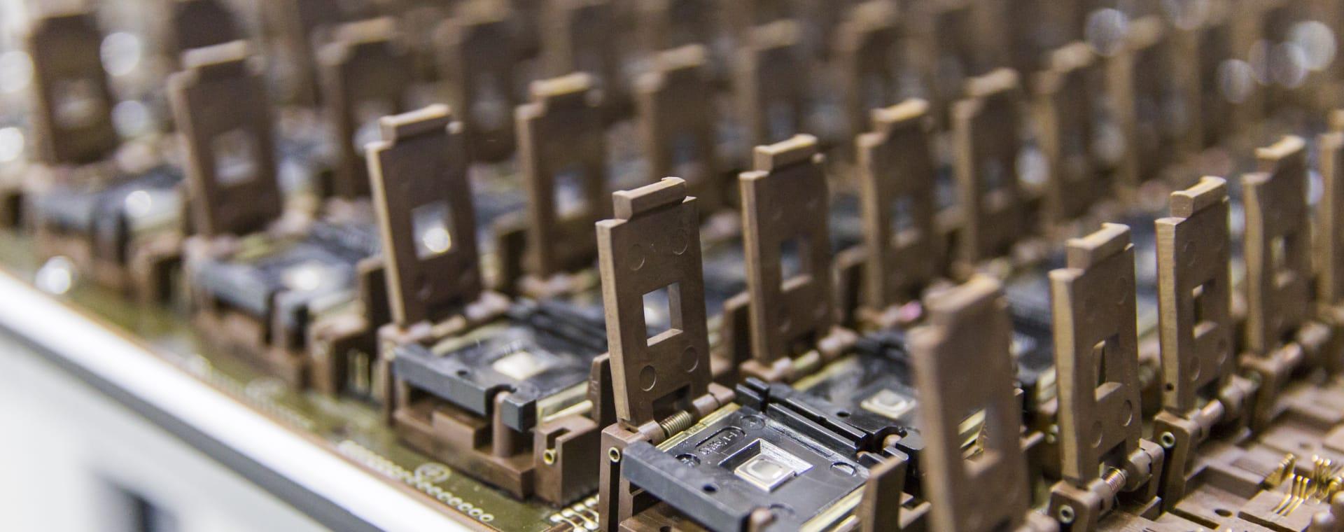 半導体バーンイン評価装置用基板